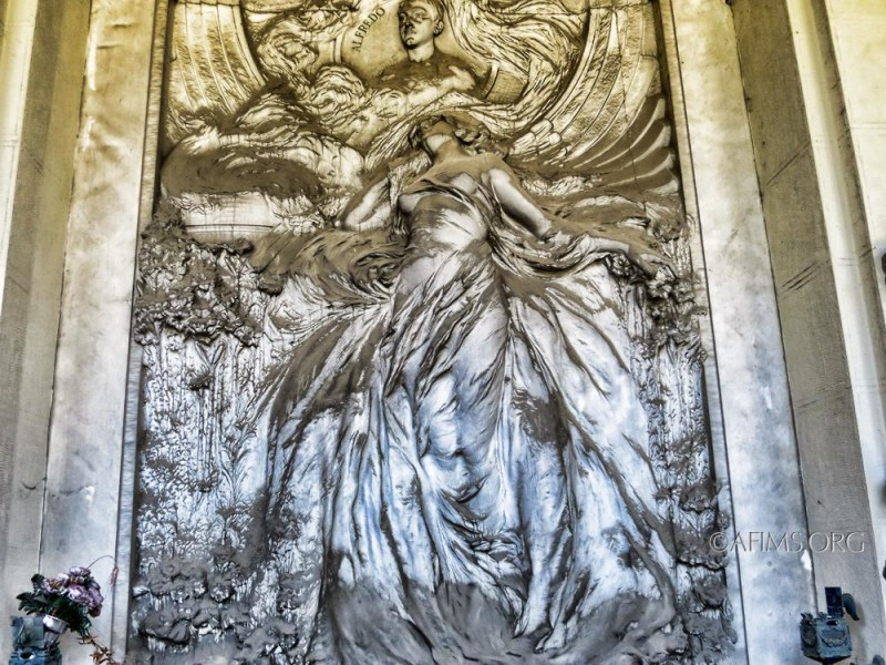 The Debarbieri memorial